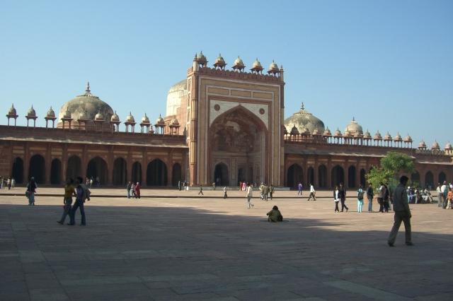 Jama Masjid courtyard